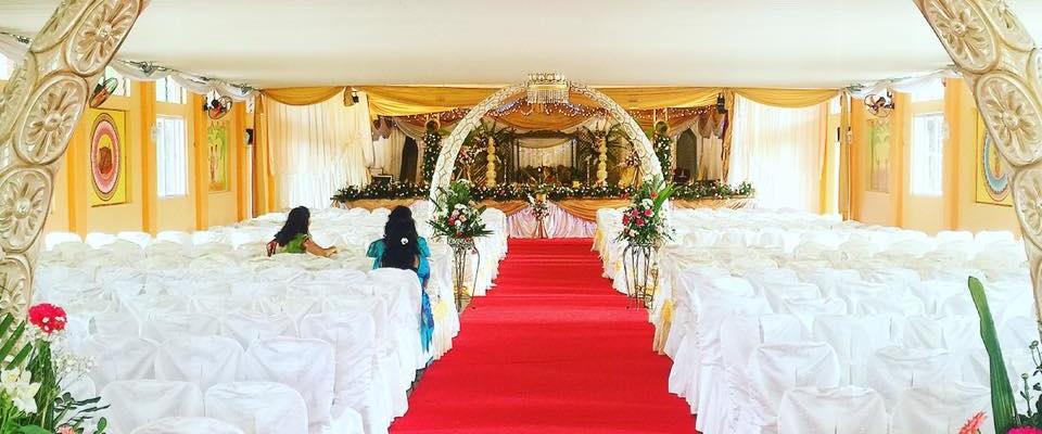 RED EVENTS CARPETS FOR WEDDING IN DUBAI