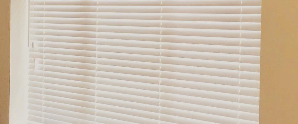 VENETIAN BLINDS FOR BEDROOM & LIVINGROOM WINDOW IN DUBAI